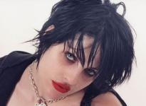 Brody Dalle returns as Spinnerette