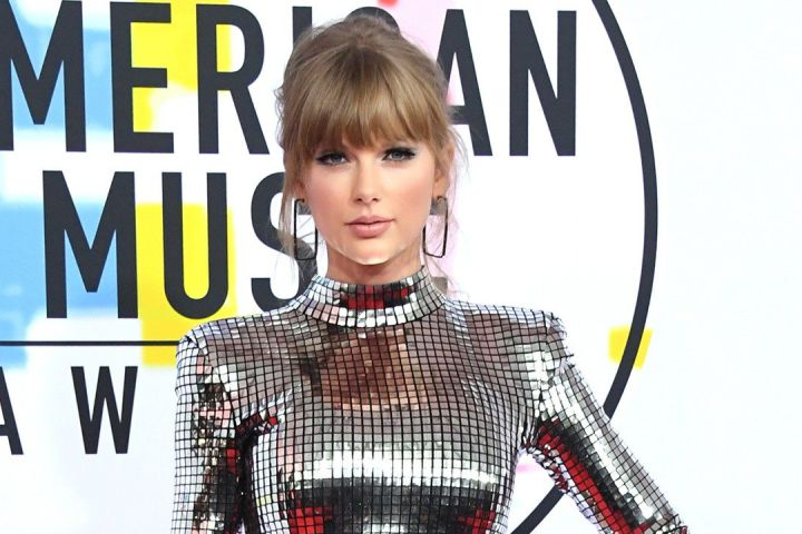 Taylor Swift joins Universal Music